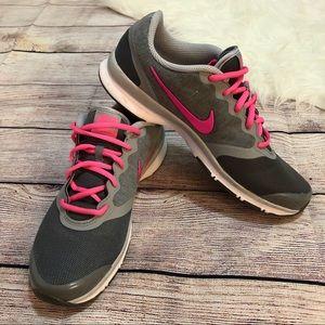 •Nike• sneakers